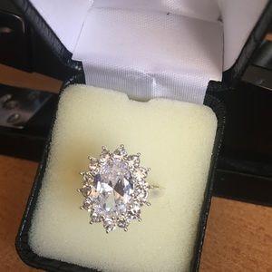 Beautiful ring size 9